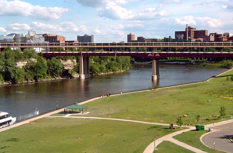 Washington_Avenue_Bridge_Minneapolis.jpg - 86.04 Kb